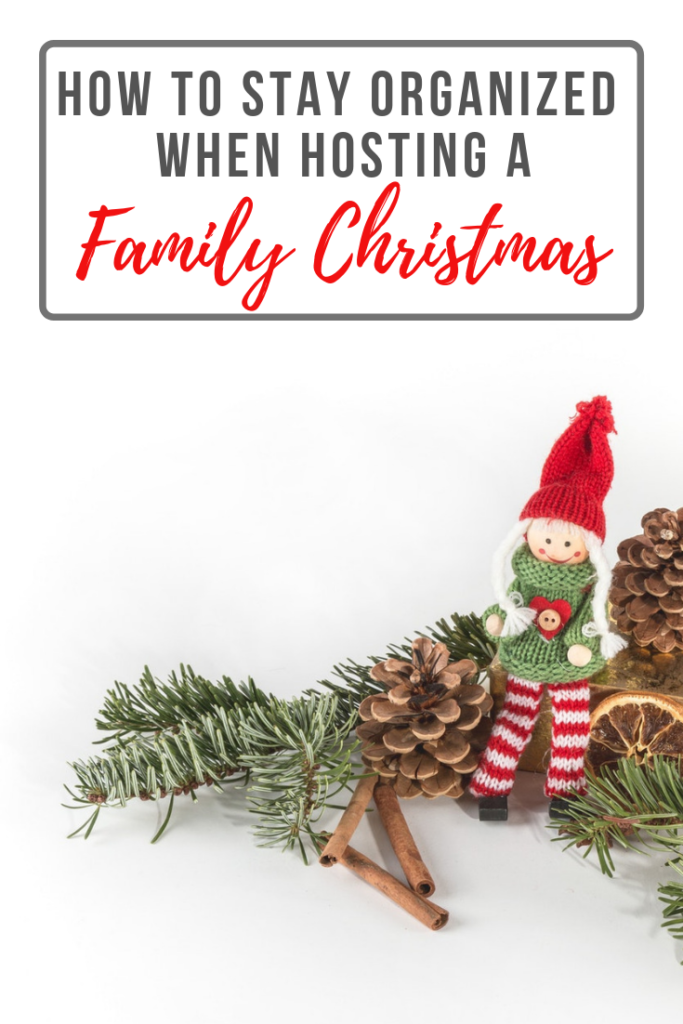 Are you feeling stressed and overwhelmed at the thought of hosting a houseful of family this Christmas? Are you feeling under pressure to please everyone? Here are some great ways to stay organized when hosting a family Christmas!